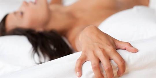 A massagem tailandesa não visa o relaxamento, e sim a excitação